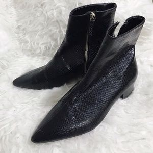 Zara Black Embossed Pointed Toe Ankle Boots, sz 38